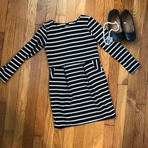 H&M Long-Sleeved Knit Dress w/Pockets